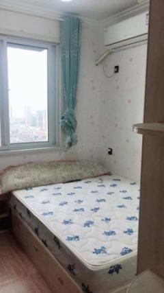 高新现代城旁花园社区两室家具齐全 中介勿扰