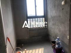 滨江公馆毛坯三室 低于市场价出售
