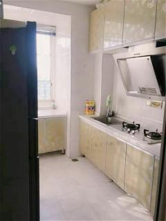 (汉滨区)宏远宜居2室2厅1卫80m²精装修