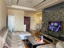 汉城国际 汉江边 精装两室 中间楼层 可按揭