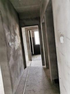 3室2厅2卫119.72m²毛坯房