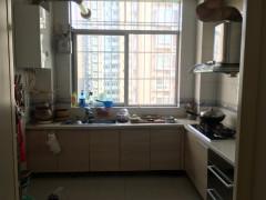 馨华园 3室2厅2卫125m²精装修